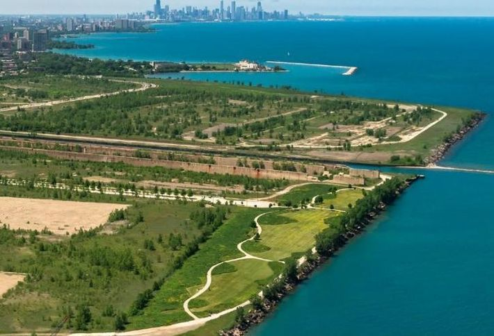 Chicago's Mayor Emanuel, WElink's Emerald Living, and U.S. Steel announce purchase agreement on South Works Property